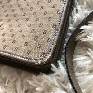 Fendi Bags - VINTAGE FENDI TRI-POCKET BAG
